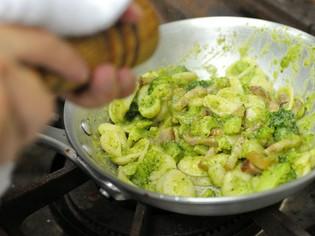 本場の味を伝えたいから、味の決め手はイタリアから取り寄せる