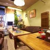 ゆっくり更ける沖縄の夜を楽しめるVIPルームで女子会を