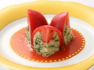 トマトの酸味とサフランの香りが爽やかな『トマトのロザス』