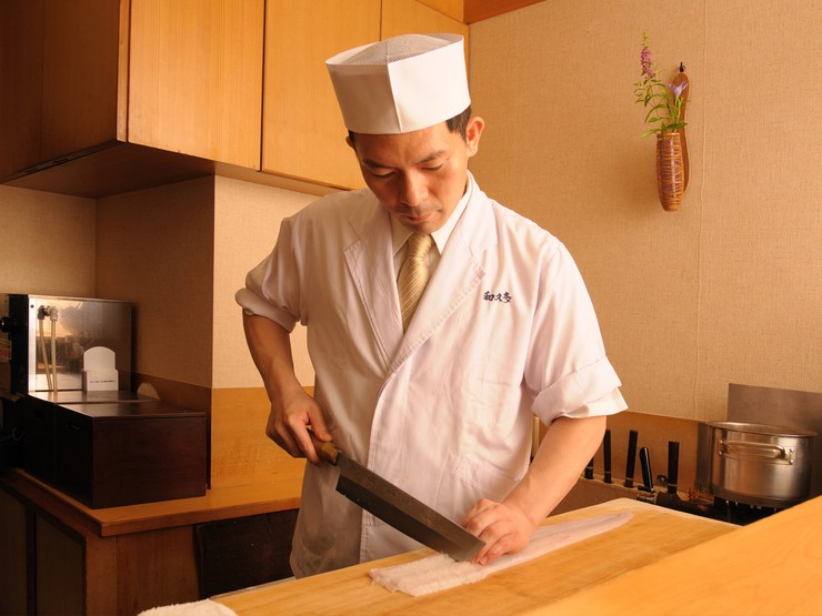 四季を感じる日本料理を構えず楽しめる空間づくりを大切に