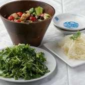 鮮度のよい野菜をふんだんに使用、ヘルシーな『前菜各種』