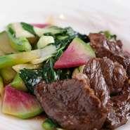 野菜は千葉県の契約農家で栽培。神戸牛ハラミとのハーモニーが絶妙のメニューです。