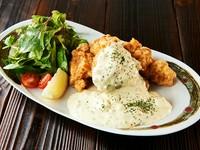 【幸】特製ステーキソースで柔らかく焼き上げたステーキをご賞味ください!!  小鉢・香物・ご飯・味噌汁付き