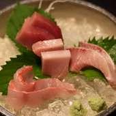 贅沢な鮮魚がもりだくさん『お刺身の盛り合わせ』※写真は3点盛り