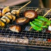 新鮮野菜の串焼きもおススメ。旬の旨みをギュッと閉じ込めます