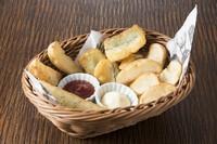 地元の食材や旬の食材にもこだわり、和テイストな創作料理も楽しんでいただけます。