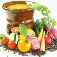体に優しいイタリアンを楽しみませんか?料理に利用するバジルやビーツなど、自家栽培のものも使用しております。