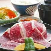 ボリューム満点! 納得の味わい『ジャンボ焼肉定食』