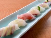朝獲りの鮮度抜群の地魚を握った味楽寿司