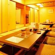 『ネギジャコサラダ』で使用しているジャコは、地元四日市市のもの。ランチタイム限定『サムゲタンチゲ』など、サイドメニューに出てくる韓国料理には、韓国のトウガラシなどを使用しています。