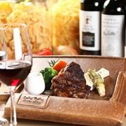 料理に合わせて楽しみたい、世界各地のワイン