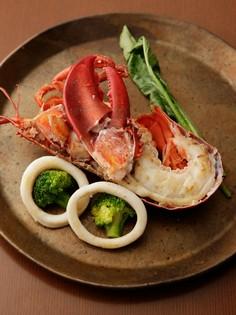 カナダ産「オマール海老」は、ぜひ食べていただきたい一品