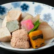 京料理に欠かせないゆばや生麩に野菜を別々に調理し、盛り付け。手間暇かけた割烹ならではの一品です。