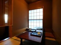 完全プライベートで過ごせる個室もあります