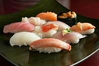 シャリは京都の「千鳥酢」を使用していて、さっぱり、まろやかな味わい。魚の美味しさをより感じられます。