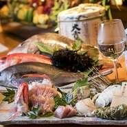 海と山の恵みをふんだんに使用した季節感たっぷりの料理の数々。グランドメニュー以外にも魅力的なオリジナルメニューを毎日用意しているとのことなので、来店時にはぜひご確認を。