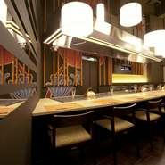 7月12日に新宿駅、新宿三丁目駅すぐに新たに「鉄板Diner JAKEN 新宿店」をオープン致しました。新宿にお越しの際は是非当店自慢のステーキを召し上がりください。 【ヒトサラURL】 http://hitosara.com/0006076448/