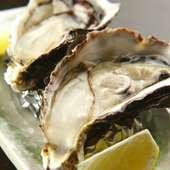濃厚でクリーミーな味が特徴『広島産焼き牡蠣 2ケ』