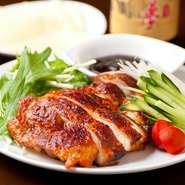 NEW‼︎ ゴロッと大きな牛肉を贅沢に使用し、 野菜と一緒にグツグツと煮込みました。 牛肉も野菜もたっぷり入ってボリューム満点!!