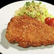 プリプリの海老と野菜の旨みをあっさりに仕上げた一品。