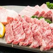 様々な部位を食べたい方におすすめ。鹿児島産or宮崎産の黒毛和牛を使用。A4~A5ランクの最上級をどうぞ。