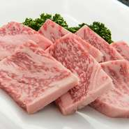 ガッツリお肉を食べたいときにオーダー。適度な噛みごたえもあり、ボリュームも満点。食べ応えがあります。
