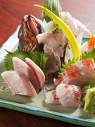 海の幸を満喫。その日の良質な旬魚をお造りでいただけます