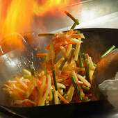 半世紀の伝統を受け継ぐ料理を堪能ください