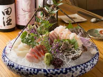 銚子港から直送された新鮮そのもの『刺身の盛り合わせ』