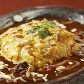 こだわりのソースとふわとろの玉子を贅沢に味わう『きりんオムライス』は至福の一皿