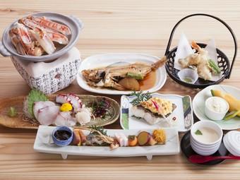 手の込んだ料理、新鮮な食材が地元の人に人気