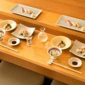 静かに過ごせる空間で、美味しいお料理とお酒を満喫してください