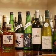 人気は神奈川県海老名の地酒『いづみ橋』。冷酒も熱燗も用意があります。日本酒だけではなく、焼酎やワインの品揃えが豊富なのもうれしい限りです。料理に合ったお酒をいろいろ試してみてはいかがでしょうか。
