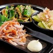 日本酒では、特に滋賀県の『喜楽長』がおすすめ。まろやかさとコクの中にすっきりとした甘みがあり、熱燗に最適な名酒です。お酒によく合うおつまみが充実しているのも魅力。お気に入りの味わいを探してみては。