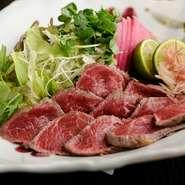 新鮮なお肉をさっぱりと味わえる『阿波牛たたき』