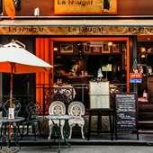パリのビストロイメージした、自由な雰囲気が人気