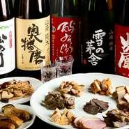 宴会にぴったり! 飲み放題付きのコースメニューは、2時間3500円から用意されています。さらにハーフセルフのイベント(最長7時間・上限3500円)もあり、貸切もオススメ。