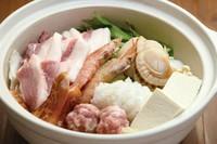 ※ご注文は2人前から  具材:あさり・つみれ・海老・焼竹輪・ホタテ・島豆腐・お肉
