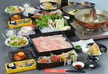 海鮮も肉もどちらも食べたいという方にはおすすめです!+800円で地酒・地焼酎も飲み放題に!