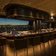 ホテル最上階から大阪の夜景を一望☆