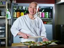 佐賀出身の料理人がおもてなし、土地の魅力を味わって