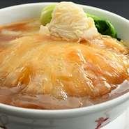 食事を「焼きソバ・固焼きソバ・汁ソバ・かけご飯」からお選びいただけます。