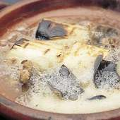 旬の天然素材を使用した鍋料理が絶品!