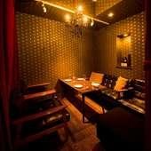 個室は、商談や接待におすすめの落ち着いた空間
