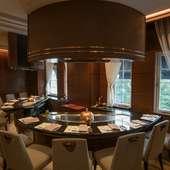 部屋と職人をチャージして、プライベートな食事を満喫