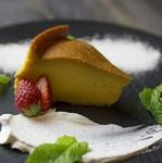 ガストロシェフ自慢の大きなアップルパイ。一度食べてみて下さい。