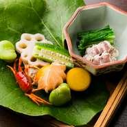 ゆるりがあなたに代わって、旬の食材だけを集め、季節感溢れる和食、日本料理をお席に合わせてをお作りし、お食事にあわせたお酒をご提案させていただきます。