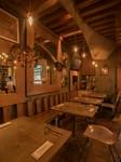 シェフこだわりの全八品の料理と20年の歴史あるイロッタのナポリピッツァをお楽しみいただけます。
