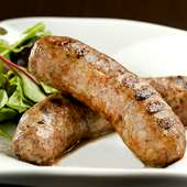 ハーブの香りと肉の旨味が詰まった『自家製サルシッチャ』