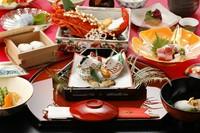 ご結納後の会食や慶事などのお祝いの席に…。8000円・12000円・20000円のコースをご用意しております。